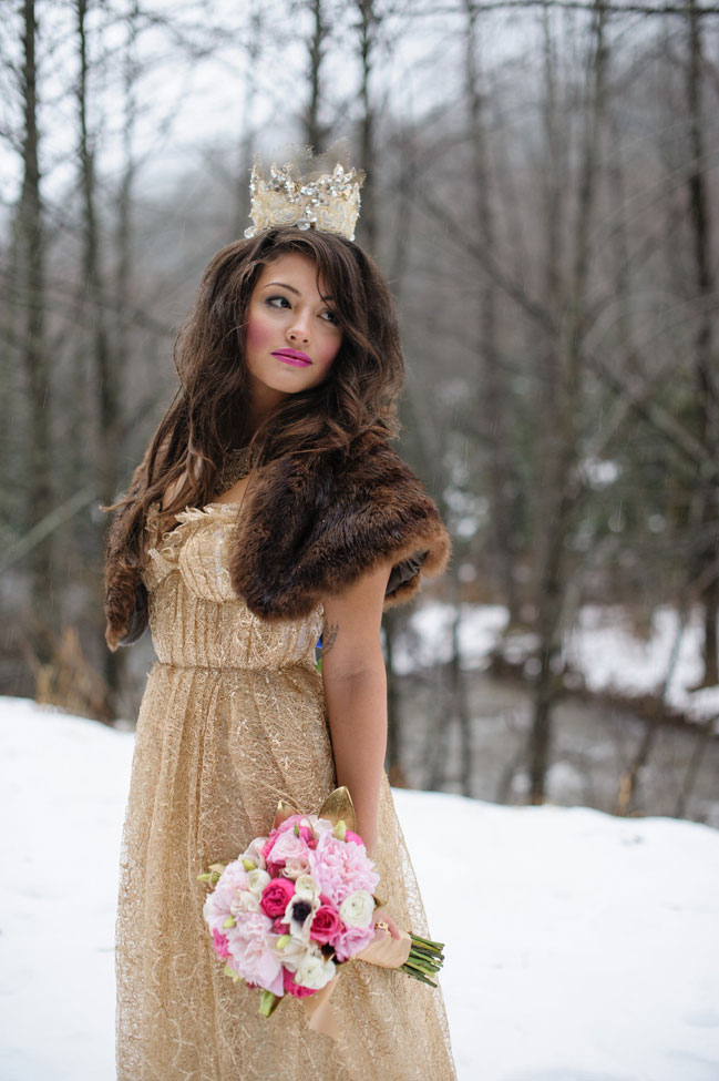 Storybook Snowy Glam Winter Wedding In An Enchanted Forest | Photograph by Rick+Anna Photography  http://storyboardwedding.com/storybook-snowy-glam-winter-wedding-enchanted-forest/