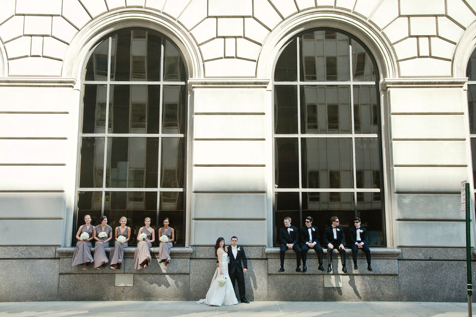 Contemporary Wedding At The Toledo Museum of Art Glass Pavilion | Photograph by Kristen Nicole Photography  https://storyboardwedding.com/contemporary-wedding-toledo-museum-art-glass-pavilion/