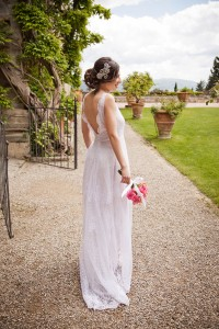 Romantic Luxury Italian Spring Wedding At The Gorgeous Vincigliata Cas...