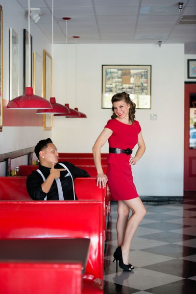 Super Cute 1950s Retro Engagement Session From Milk Shakes To Picnics | Photograph by Minerva Photography  http://storyboardwedding.com/1950s-retro-engagement-session/
