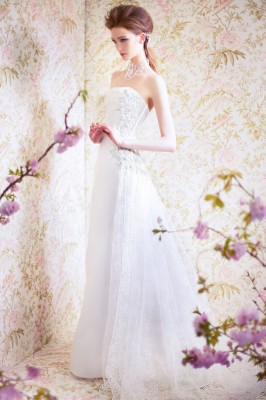 ANGEL SANCHEZ BRIDAL SPRING 2015 N11000