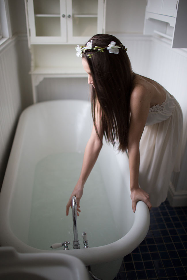 Hauntingly Sweet Bathtub Boudoir In The Country | Photograph by Haizel Creations Photography  http://storyboardwedding.com/hauntingly-sweet-bathtub-boudoir/