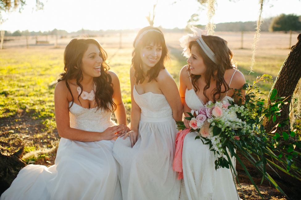 Modern Southern Belle Brides With A Soft Romantic Bohemian Vibe | Photograph by Rach Lea Photography  https://storyboardwedding.com/modern-southern-belle-brides-soft-romantic-bohemian-vibe/