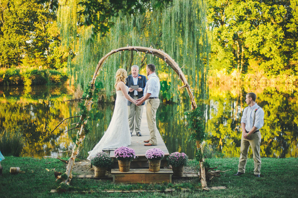North Carolina Private Residence Country Wedding Among The Weeping Willows | Photograph by Connection Photography  https://storyboardwedding.com/north-carolina-private-residence-country-wedding-weeping-willows/