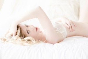 Alabaster_Skin_Boudoir_Stephanie_Karen_Photography_12-h
