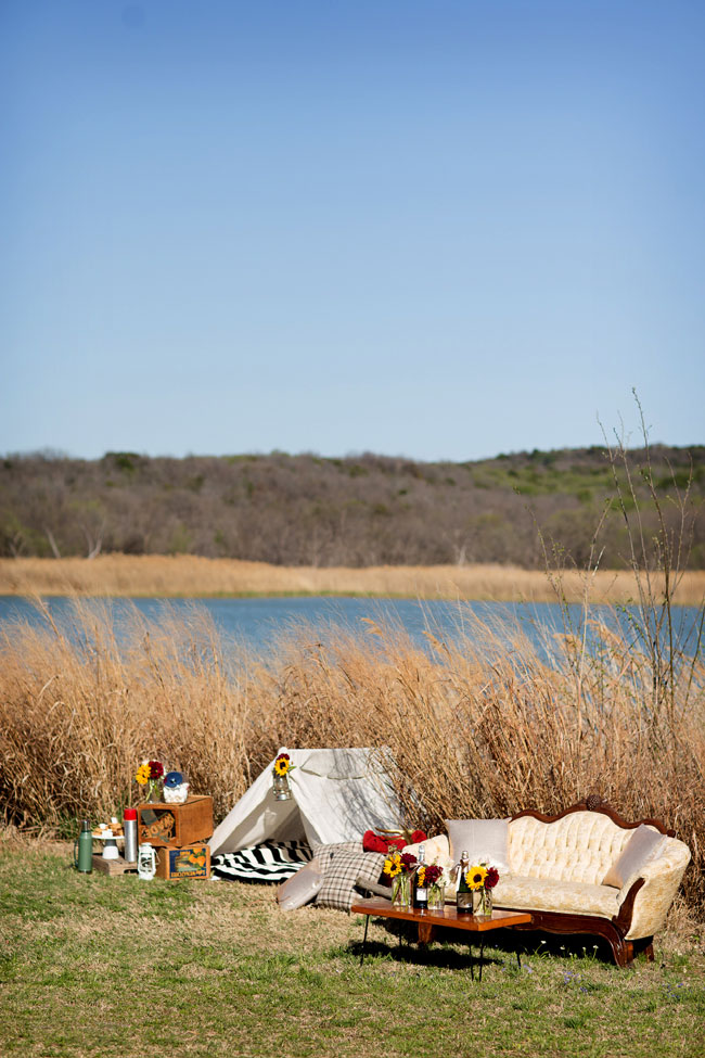 Glamping Engagement Session At Cedar Hill State Park Texas | Photograph by Alyssa Turner Photography  http://storyboardwedding.com/glamping-engagement-session-cedar-hill-state-park-texas/
