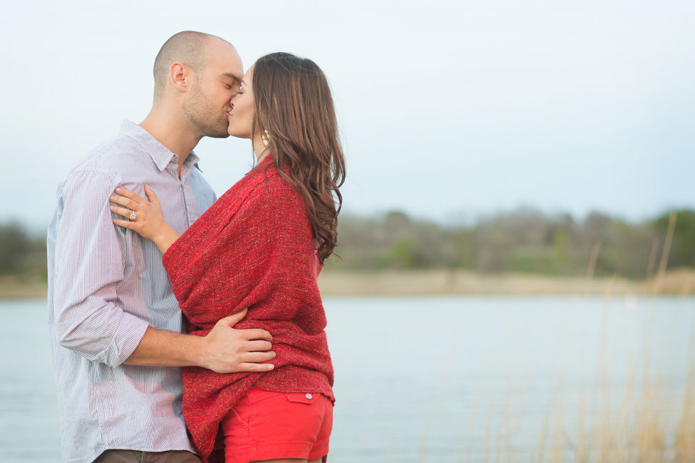 Glamping Engagement Session At Cedar Hill State Park Texas | Photograph by Alyssa Turner Photography  https://storyboardwedding.com/glamping-engagement-session-cedar-hill-state-park-texas/