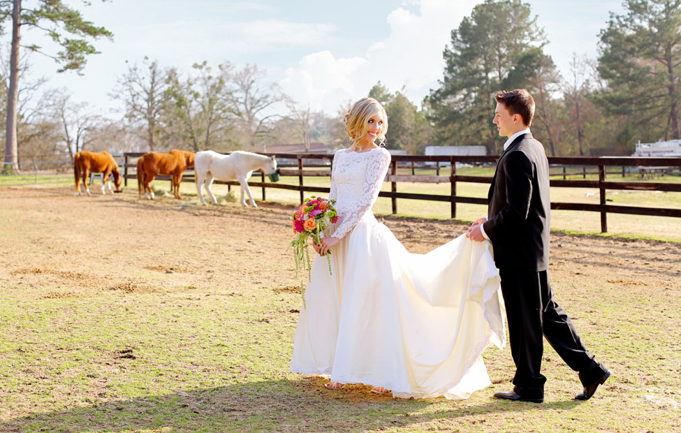 Long Sleeve Vintage Wedding Dress With Chic Rustic Touches At Centaur Arabian Farms Texas | Photograph by Photography by Gema  http://storyboardwedding.com/long-sleeve-vintage-wedding-dress-centaur-arabian-farms-texas/