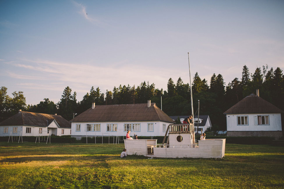 Multi-Day Kasmu Estonia Wedding Nestled In The Coastal Retreat Of Lainela |  Photograph by M&J Studios  http://storyboardwedding.com/kasmu-estonia-wedding-coastal-retreat-lainela/