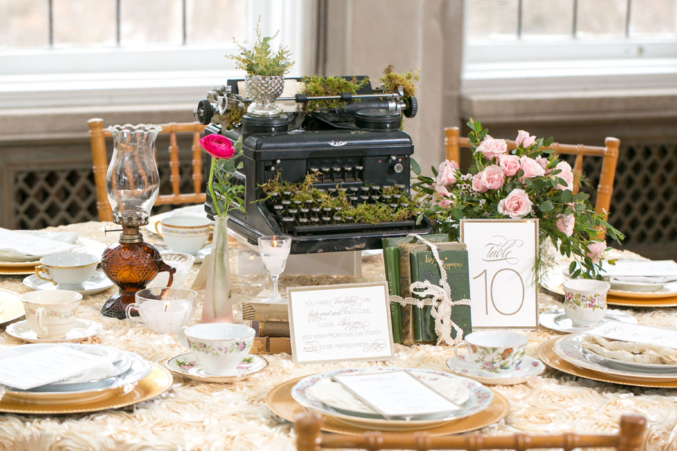 Glamorous English Garden Wedding At Laurel Hall Indianapolis | Photograph by Anya Albonetti Photography  http://storyboardwedding.com/english-garden-wedding-laurel-hall-indianapolis/