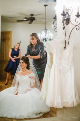 Pecan_Springs_Wedding_Texas_Rachel_Whyte_Photography_26-lv