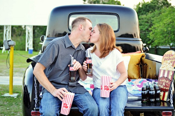 Silvermoon_Drive_In_Movie_Engagement_Session_Captured_By_Belinda_3-h
