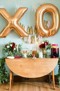 The Refined And Wonderfully Sophisticated Bachelorette Party | Photograph by Lauren W Photography  http://storyboardwedding.com/refined-sophisticated-bachelorette-party/