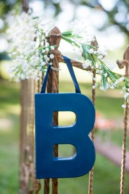 Hitching_Post_Barn_Wedding_Sarah_&_Ben_30-lv
