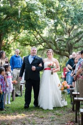 Hitching_Post_Barn_Wedding_Sarah_&_Ben_33-lv