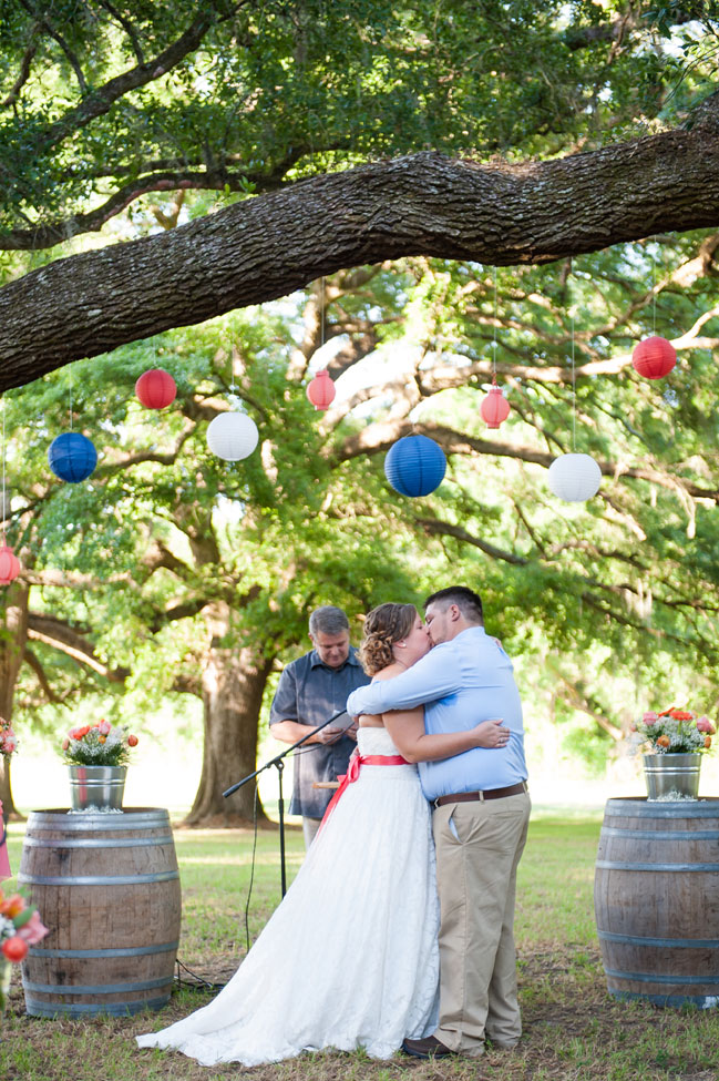 Brooksville Florida Hitching Post Barn Wedding In Coral & Blue Hues | Photograph by Sarah & Ben