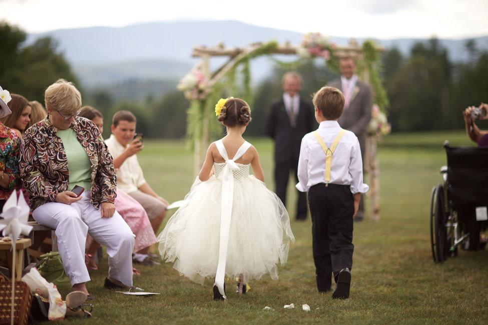 Storyboard Wedding Stowe Vermont Skinner Barn Wedding Sarah DiCicco Photography (32)