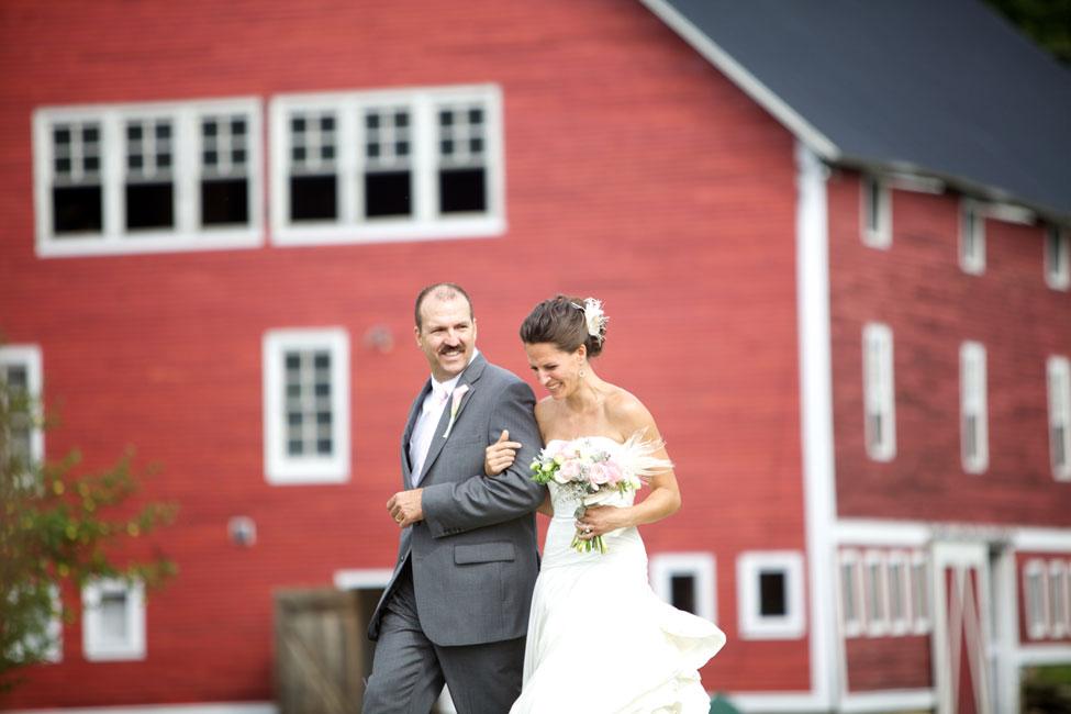Storyboard Wedding Stowe Vermont Skinner Barn Wedding Sarah DiCicco Photography (35)