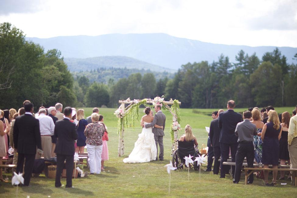 Storyboard Wedding Stowe Vermont Skinner Barn Wedding Sarah DiCicco Photography (38)