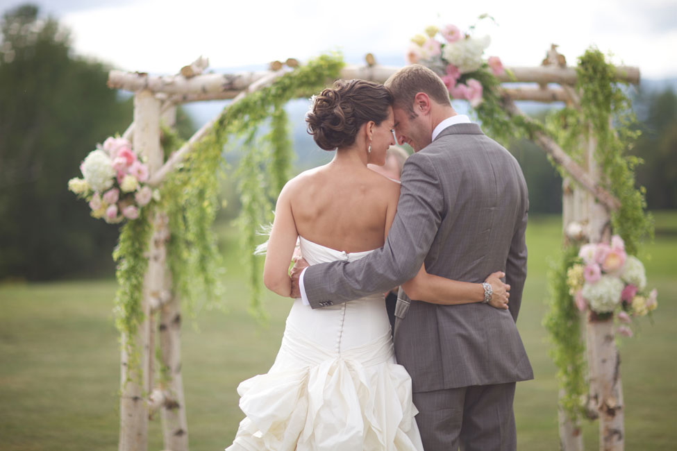 Storyboard Wedding Stowe Vermont Skinner Barn Wedding Sarah DiCicco Photography (39)
