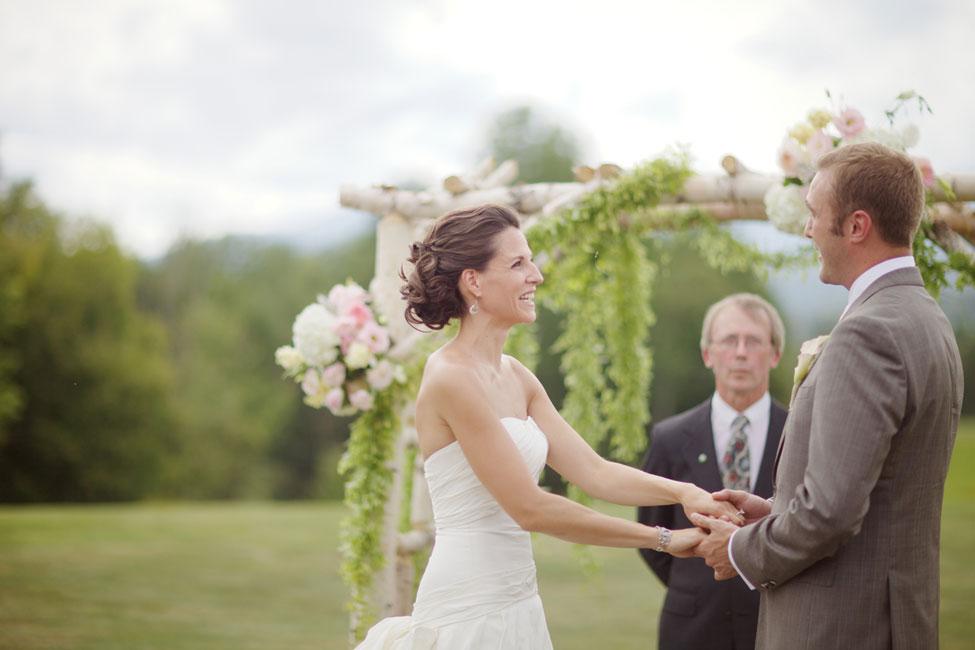 Storyboard Wedding Stowe Vermont Skinner Barn Wedding Sarah DiCicco Photography (42)