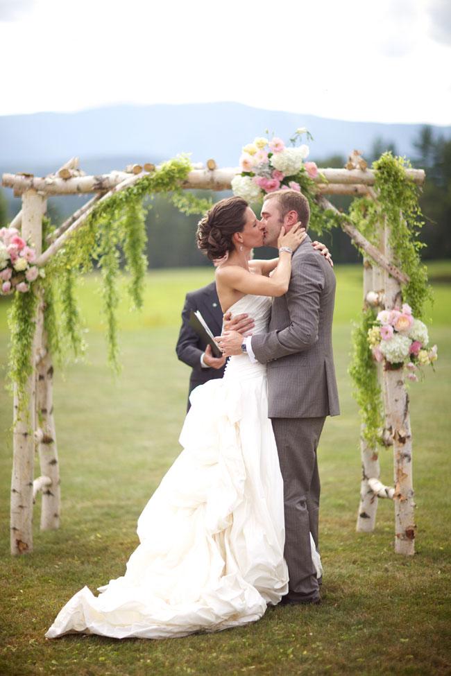 Storyboard Wedding Stowe Vermont Skinner Barn Wedding Sarah DiCicco Photography (48)