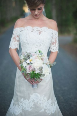 Southern Sophistication & Plantation Details Make Up This Intimate Southern Wedding | Photograph by KAREN MCNEIL PHOTOGRAPHY  http://storyboardwedding.com/southern-sophistication-plantation-decor-intimate-southern-wedding/