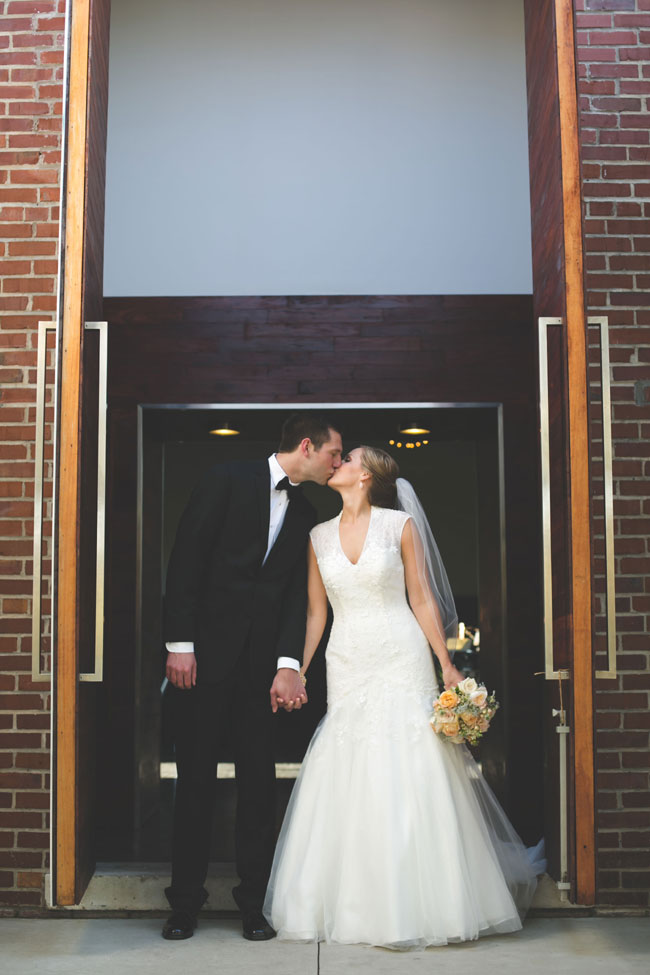 Sweetly Little Intimate Vintage Wedding At The Nashville Ruby | Photograph by Gavin Nutt Photography