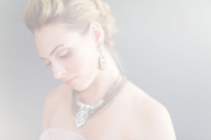 Wedding_Hair_Bridal_Fauxhawk_Braid_Tutorial_Eden_Di_Bianco_Melissa_Kruse_Photography_7-h