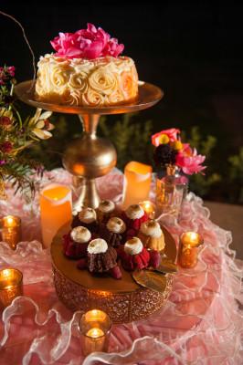 Bold_Colors_Winter_Wedding_Vanjad_Photography_13-rv