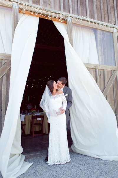 Burgundy_Rustic_Barn_Wedding_Heather_Scharf_Photography_49-lv