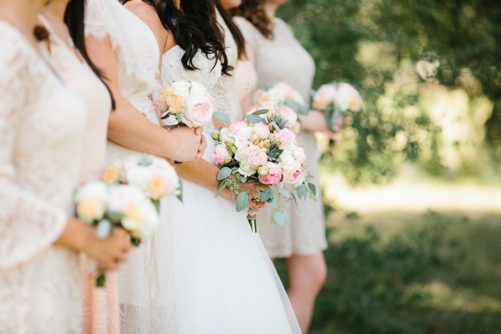 Romantic Country Wedding Filled With Golden Details & A Mix Of Pink Hues | Photograph by Al Gawlik Photography  https://storyboardwedding.com/romantic-country-wedding-gold-details-pink-hues/