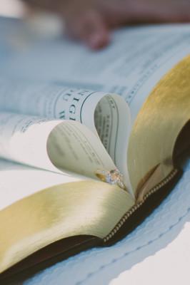 Literary_Book_Engagement_ Shaunae_Teske_Photography_12-v