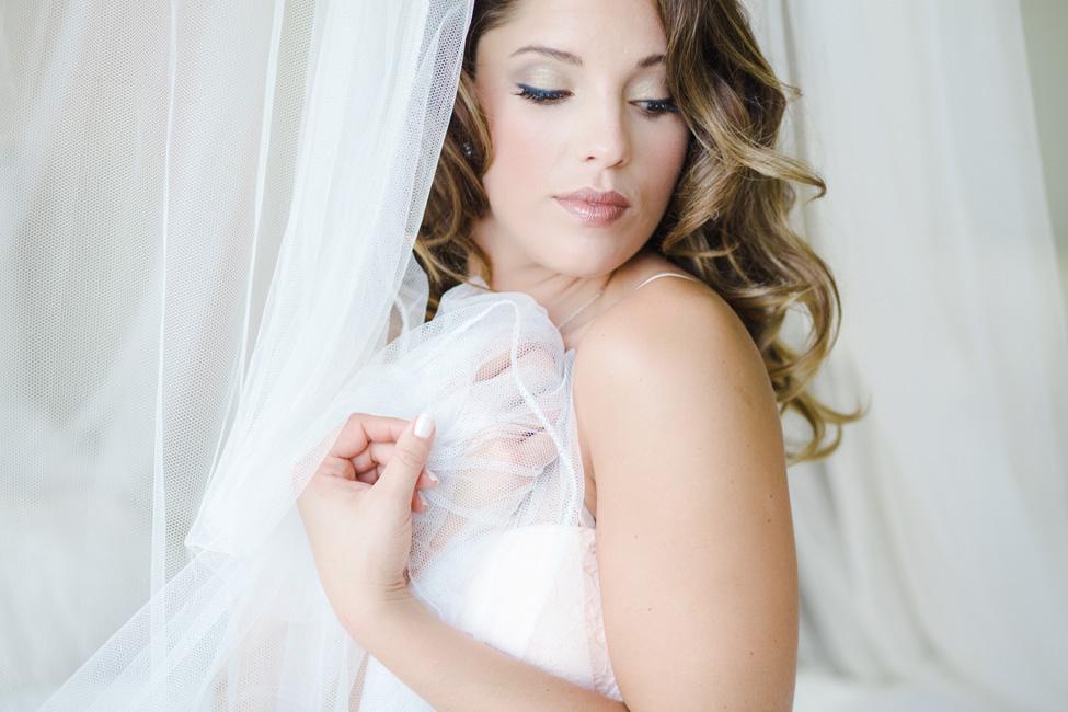 Feminine & Dreamy Daytime Boudoir | Photograph by Stephanie Karen Photography  http://storyboardwedding.com/feminine-dreamy-daytime-boudoir/