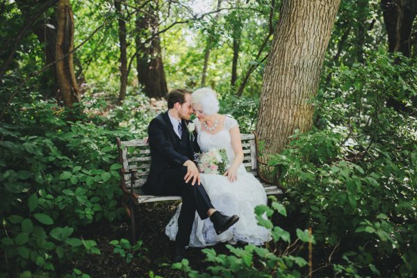 Chic_Vintage_Wedding_Illinois_ Megan_Saul_Photography_1-h