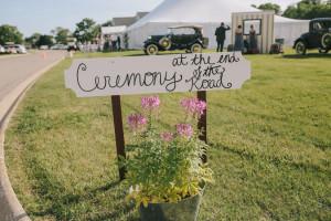 Chic_Vintage_Wedding_Illinois_ Megan_Saul_Photography_2-h