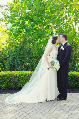 English Garden Infused New Jersey Wedding At Trump National Golf Course | Photograph by Vanessa Joy Photography  http://storyboardwedding.com/english-garden-new-jersey-wedding-trump-national-golf-course/
