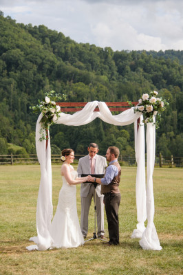 North_Carolina_Wedding_Claxton_Farm_Jen_Yuson_Photography_33-v