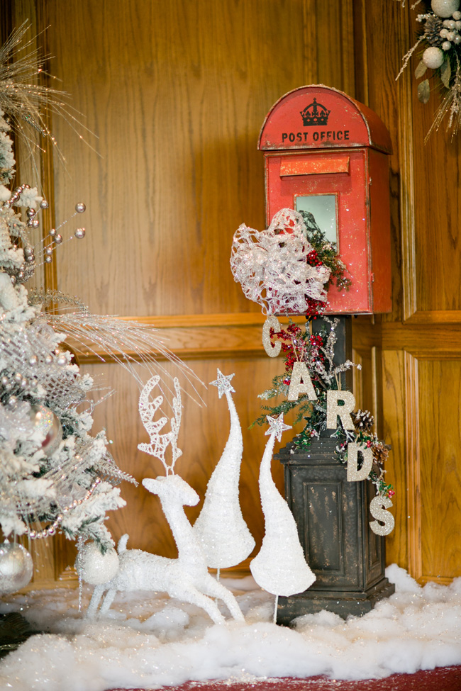 Winter Wonderland Inspired Christmas Wedding | Photograph by Luke and Cat Photography