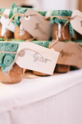 Washington_DC_Wedding_Snapshots_by_Katie_18-v