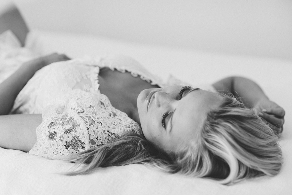 Wonderfully Delicate & Pure Black And White Boudoir Session  http://storyboardwedding.com/delicate-black-and-white-boudoir-session/