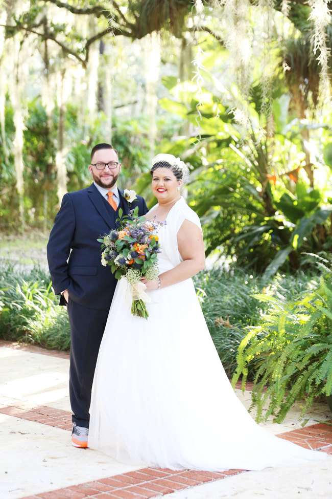 Electric Blue Backyard Wedding In Miami Florida | Photograph by Lindsay Collette  https://storyboardwedding.com/backyard-wedding-miami-florida/