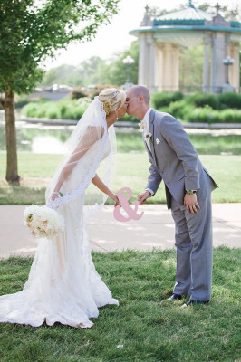 Vintage_Shabby_Chic_Wedding_For_The_Moment_Photography_52-lv