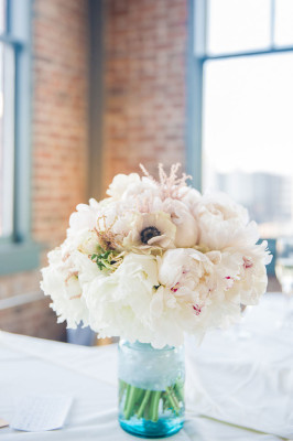 Vintage_Shabby_Chic_Wedding_For_The_Moment_Photography_53-v
