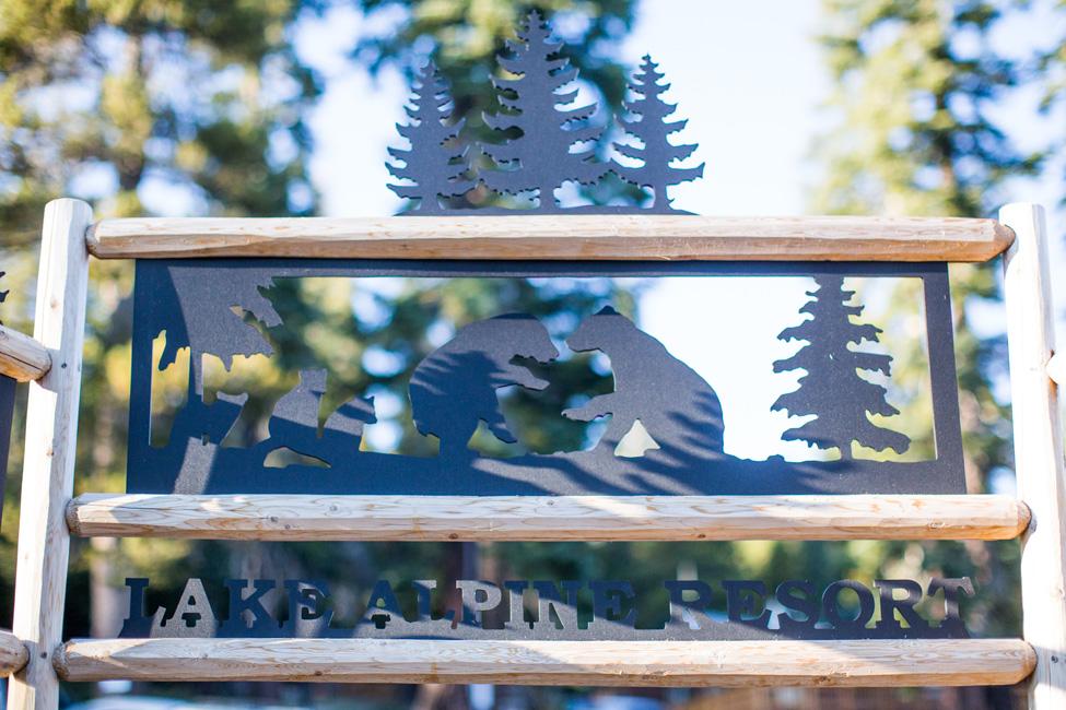 Private Mountain Wedding Nestled Lakeside Along The Sierra Nevada Mountains | Photograph by Kiel Rucker Photography   https://storyboardwedding.com/private-mountain-wedding-lake-sierra-nevada-mountains/
