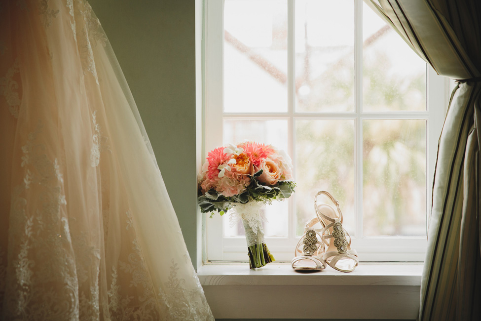 Historic St. Augustine Florida Wedding At Villa Blanca At The White Room | Photograph by Stephanie W. Photography  http://storyboardwedding.com/st-augustine-florida-wedding-villa-blanca-the-white-room/