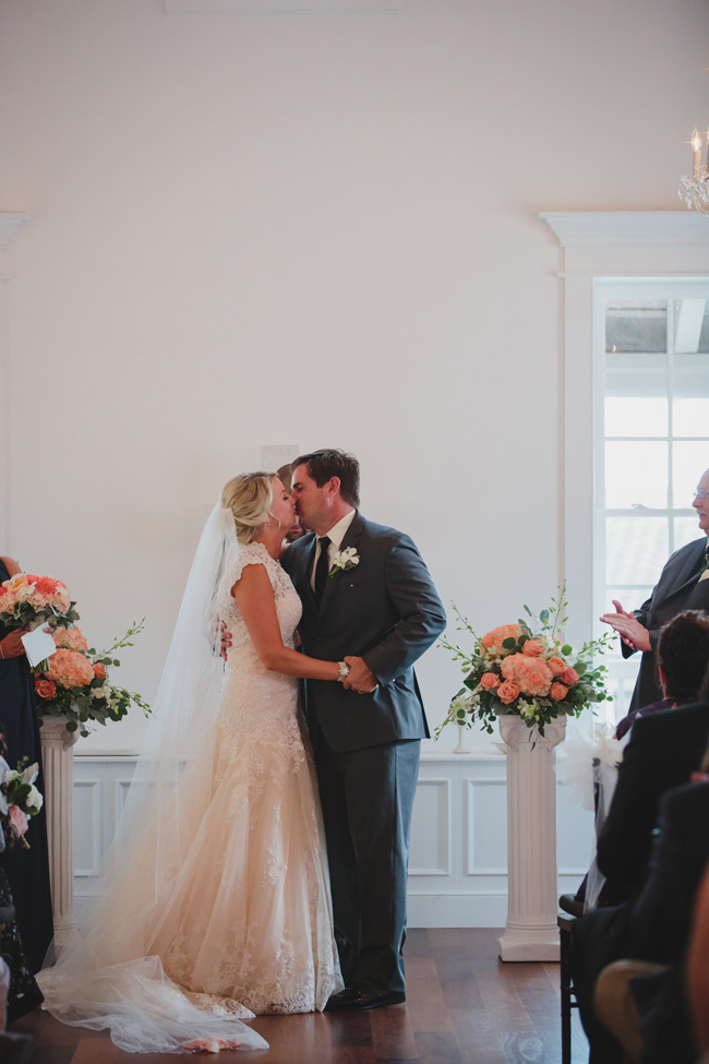 Historic St. Augustine Florida Wedding At Villa Blanca At The White Room | Photograph by Stephanie W. Photography  https://storyboardwedding.com/st-augustine-florida-wedding-villa-blanca-the-white-room/