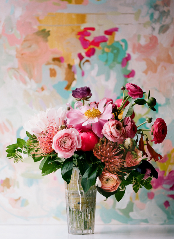 painterly-flower-arrangement-pink-peach-ranunculus-protea Michelle Armas
