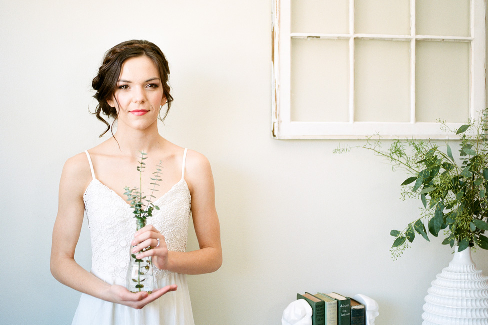 Stripped Down Botanical Chic Bride With Eucalyptus Inspiration | Photograph by We Are Roz  https://storyboardwedding.com/botanical-chic-bride-eucalyptus-inspiration/