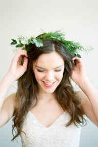 Stripped Down Botanical Chic Bride With Eucalyptus Inspiration